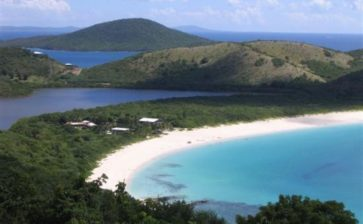 Five reasons to visit Culebra