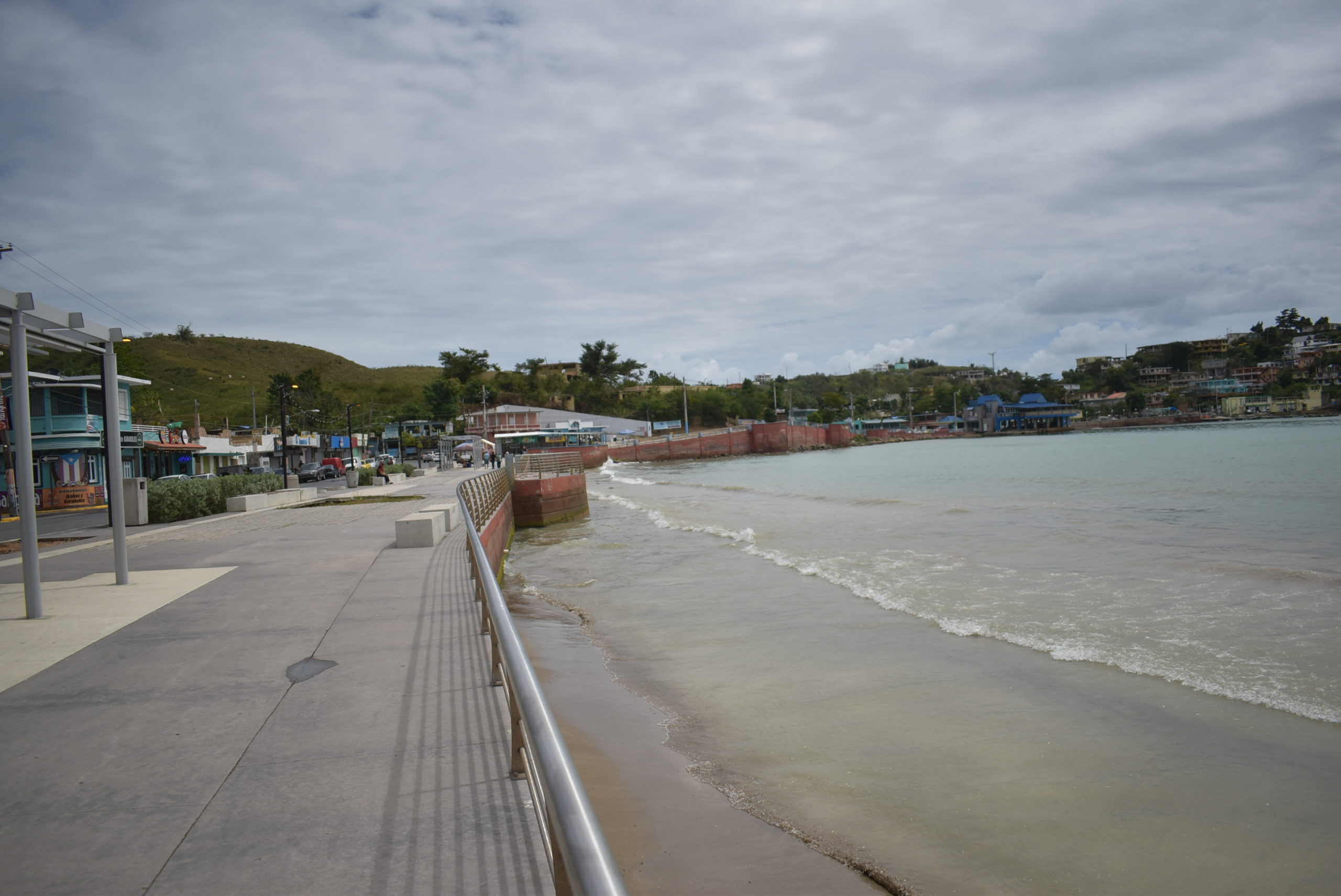 Ocean Walk in Guanabo