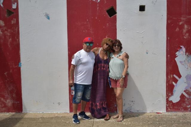 Lizzy con Tito y la Tia