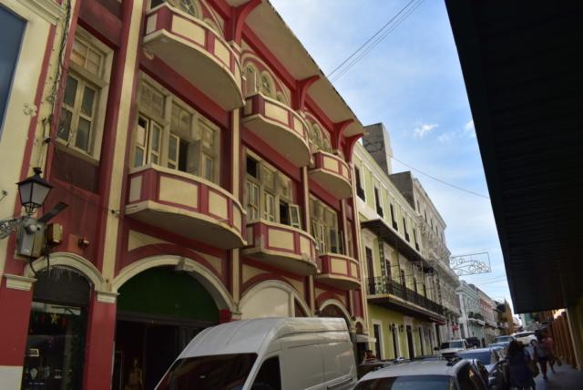 Los Balcones in Old San Juan