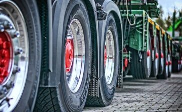 Safety Tips Every Driver Should Remember When Handling Massive Vehicles On The Road