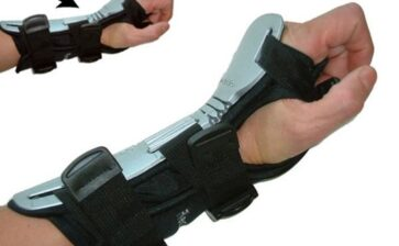 Protect Yourself While Bowling By Using A Wrist Brace