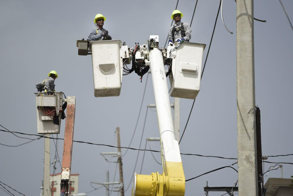 Puerto Rico suffers power outages