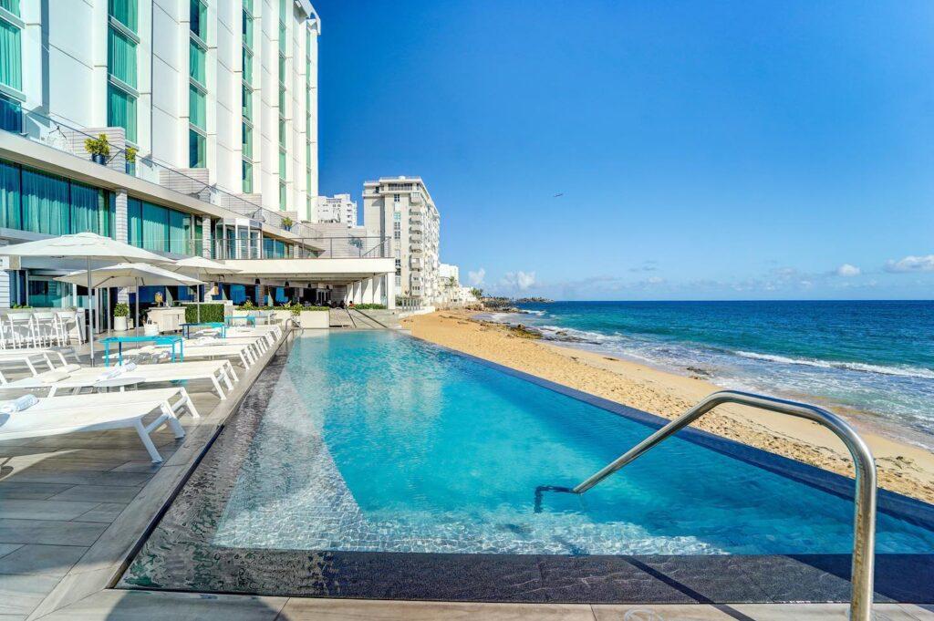 pool sea side